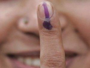 14-vote-finger dans Potin, potin, quand tu nous tiens!