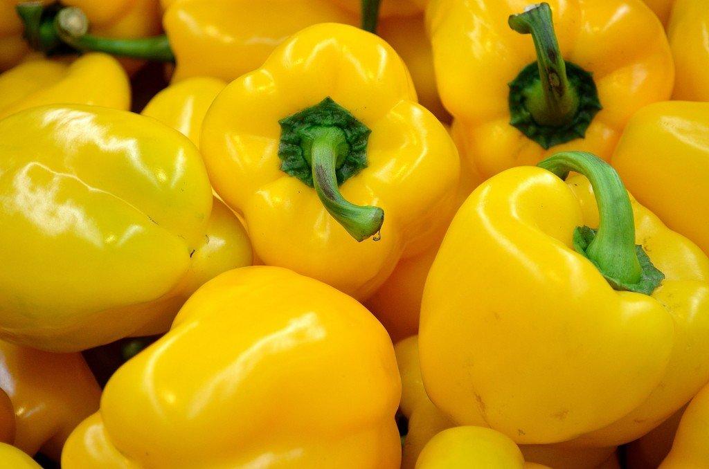 Sacré Poivron! dans Potin, potin, quand tu nous tiens! yellow-pepper-1024x678